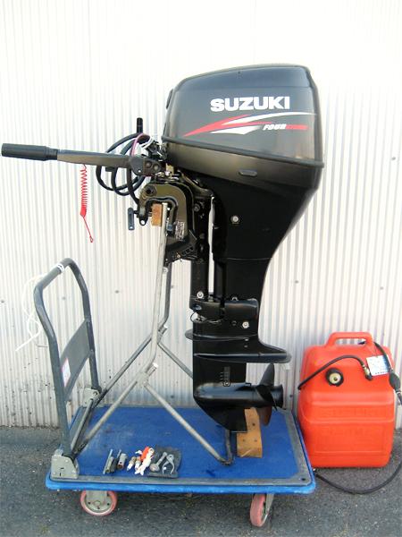 SUZUKI(スズキマリン) 25馬力 4ストローク船外機 V-twin(Vツイン) DF25(02503F)