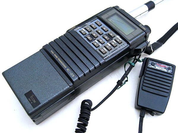 アイコム ハンディ(携帯機) IC-23とモービル(車載機) IC-2310のセット