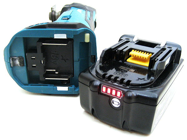 マキタ 充電式マルチツール TM51D
