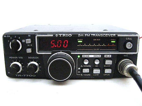 トリオ FMトランシーバー TR-7700